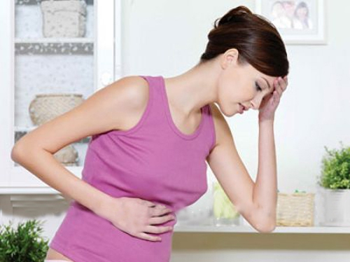 Những triệu chứng của viêm tử cung xuất hiện sau khi sinh hoặc nạo hút thai